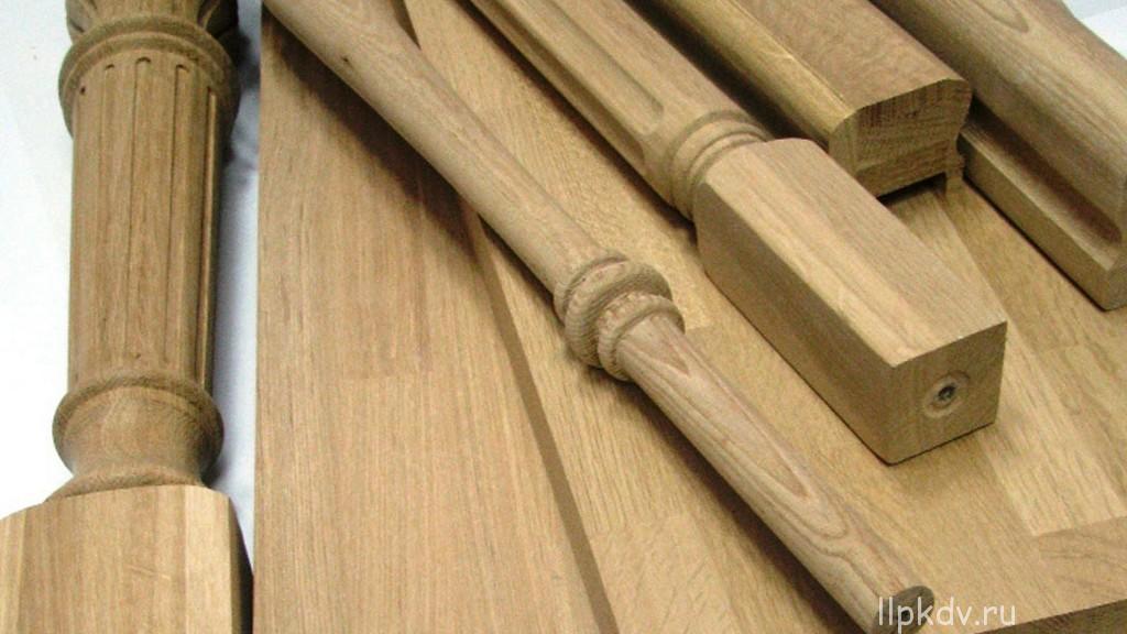 Производство комплектующих для деревянных лестниц из дерева .